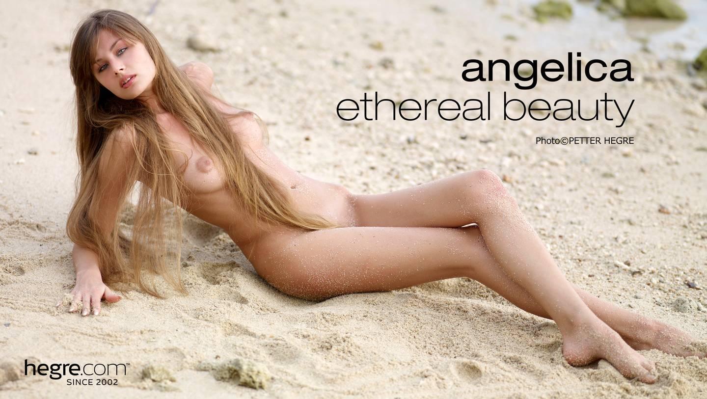 Angelica Naked photo 11