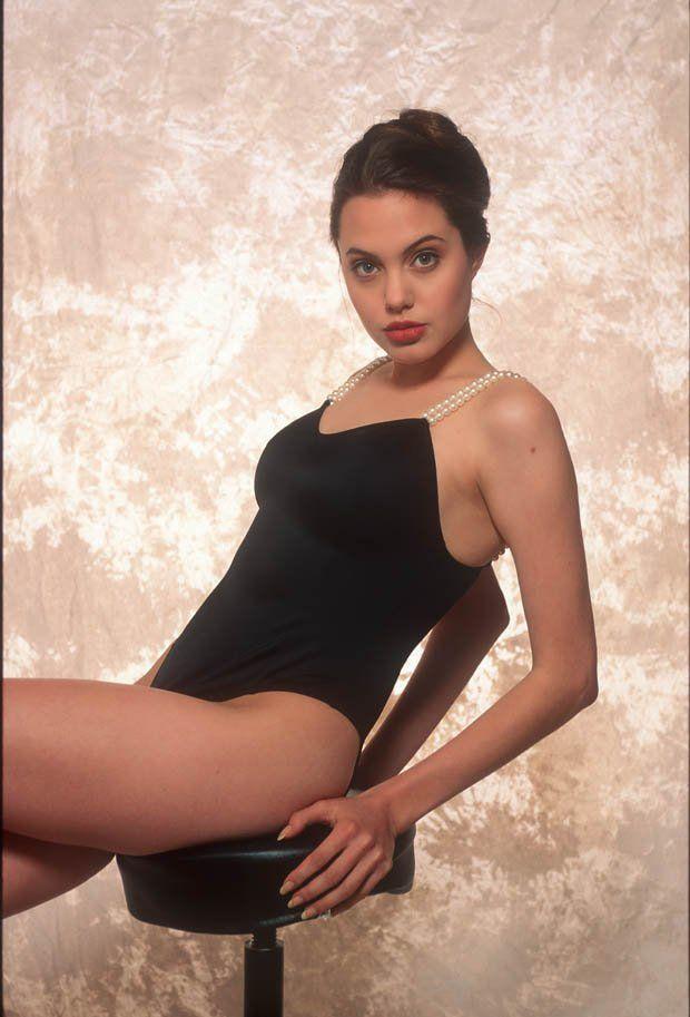 Angelina Jolie Leaked Pics photo 19