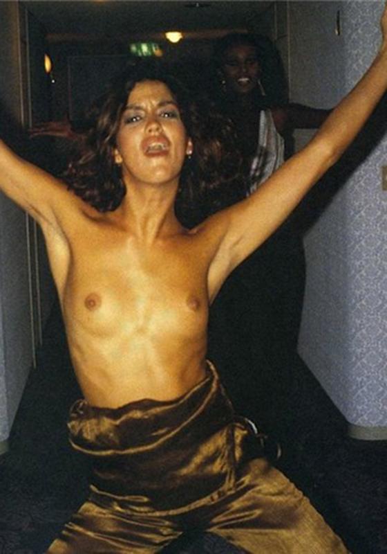 Janice Dickinson Nipples photo 10