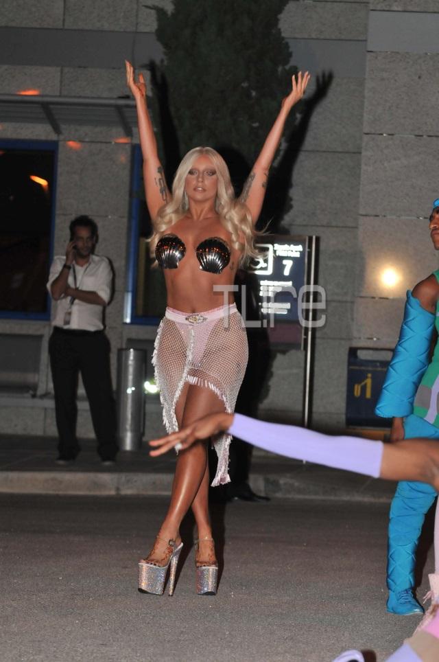 Lady Gaga Sexy Video photo 16