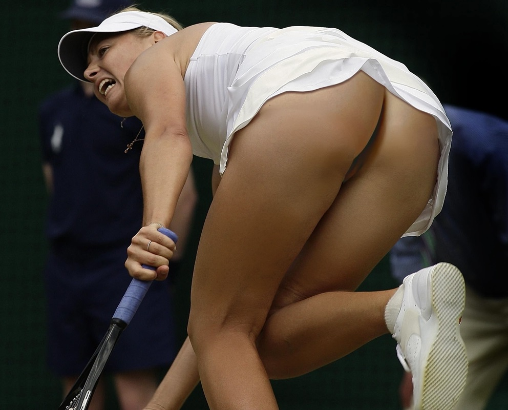 Sharapova Topless photo 2