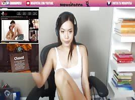 Streamer Girl Masturbates photo 11