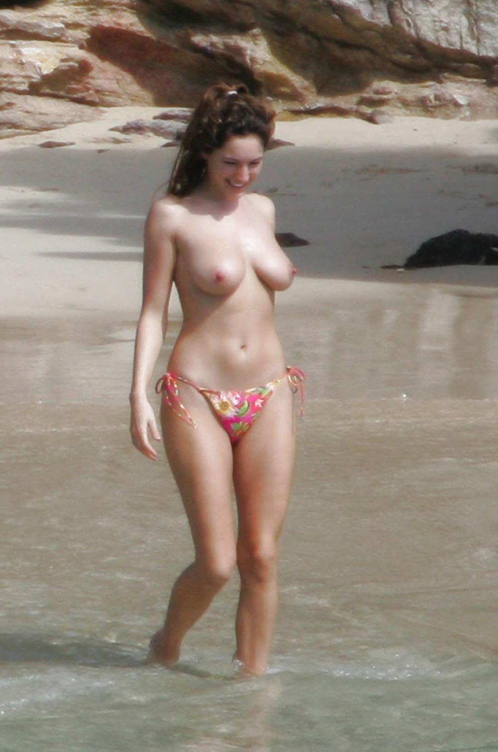 Kelly Brooks Topless photo 28
