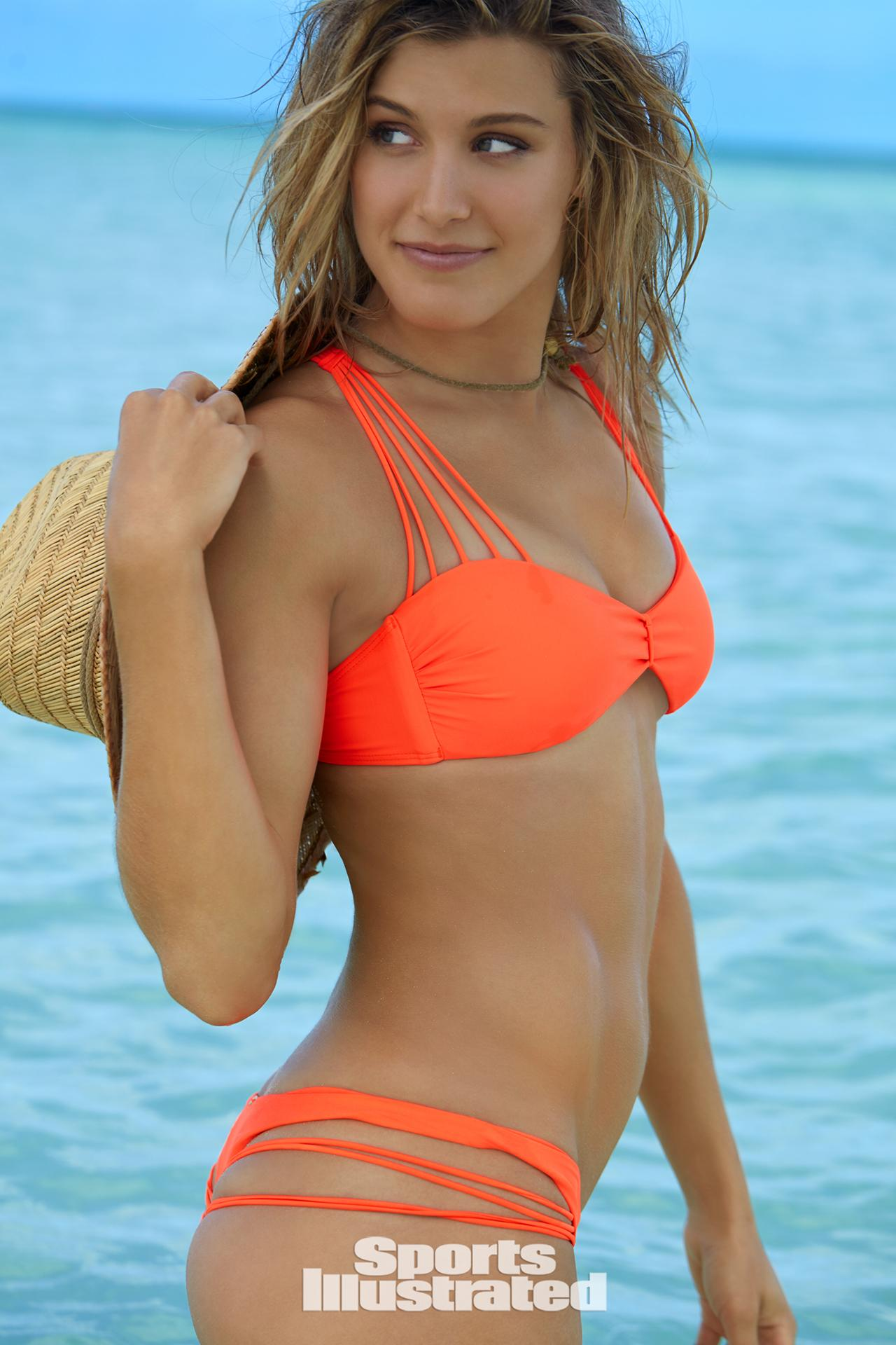 Bouchard Bikini photo 12