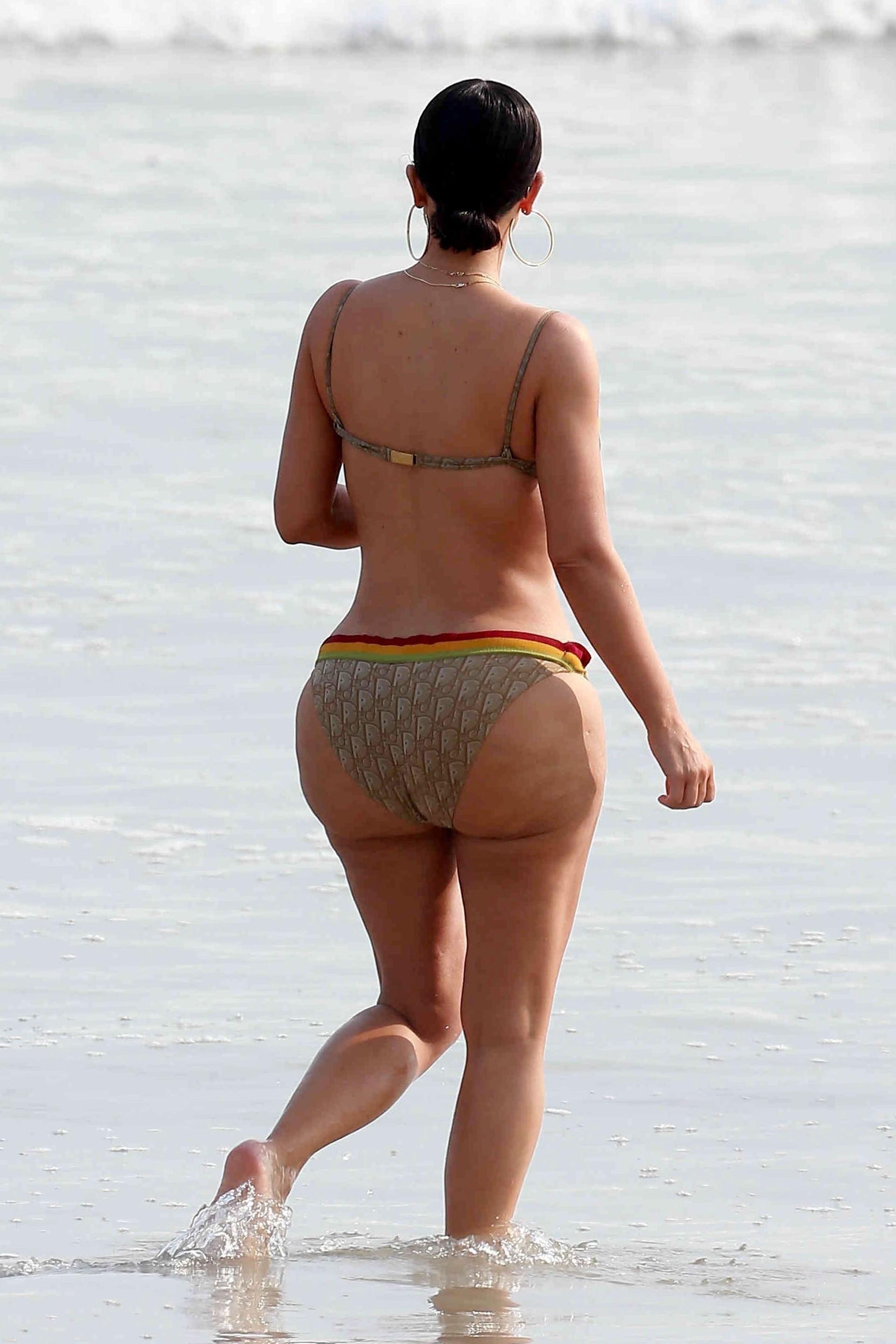 Kim Kardashian Swimsuit 2017 photo 25