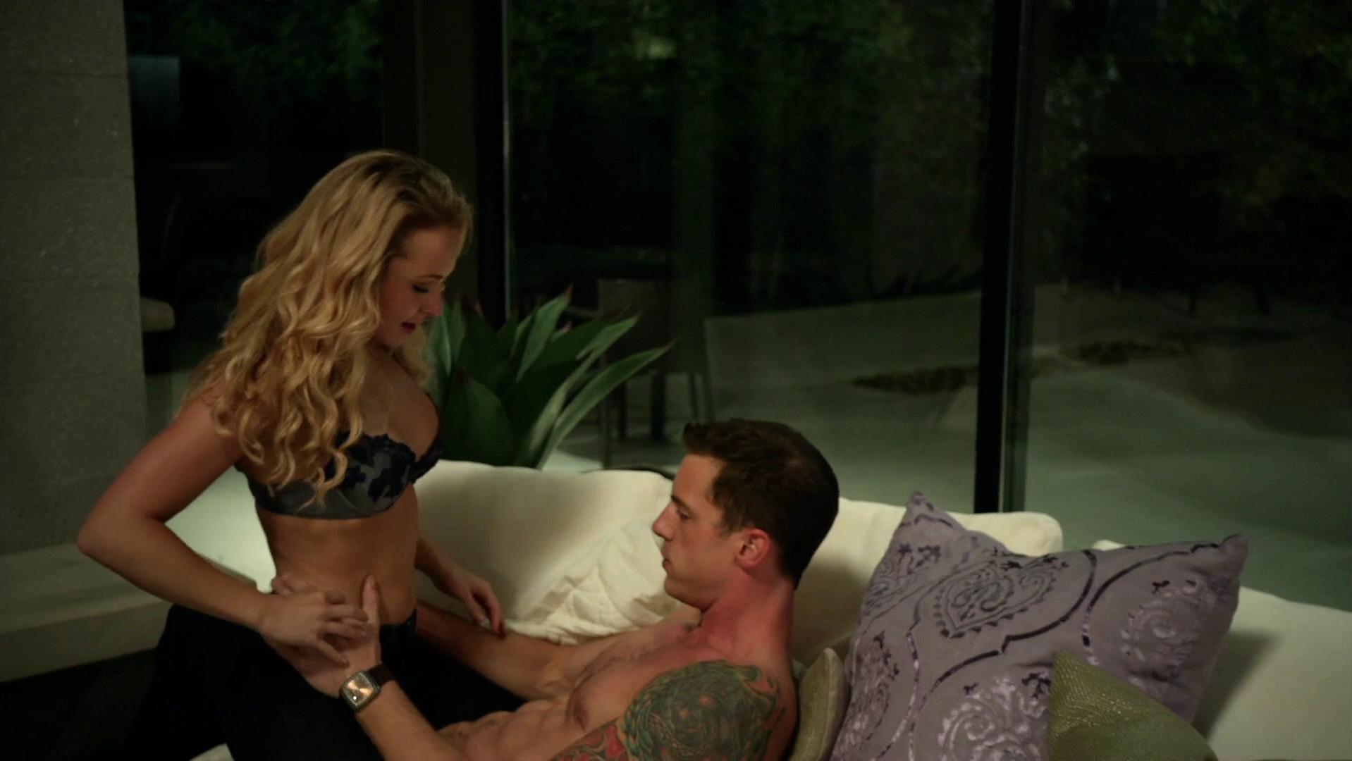 Hayden Panettiere Sex Scenes photo 1