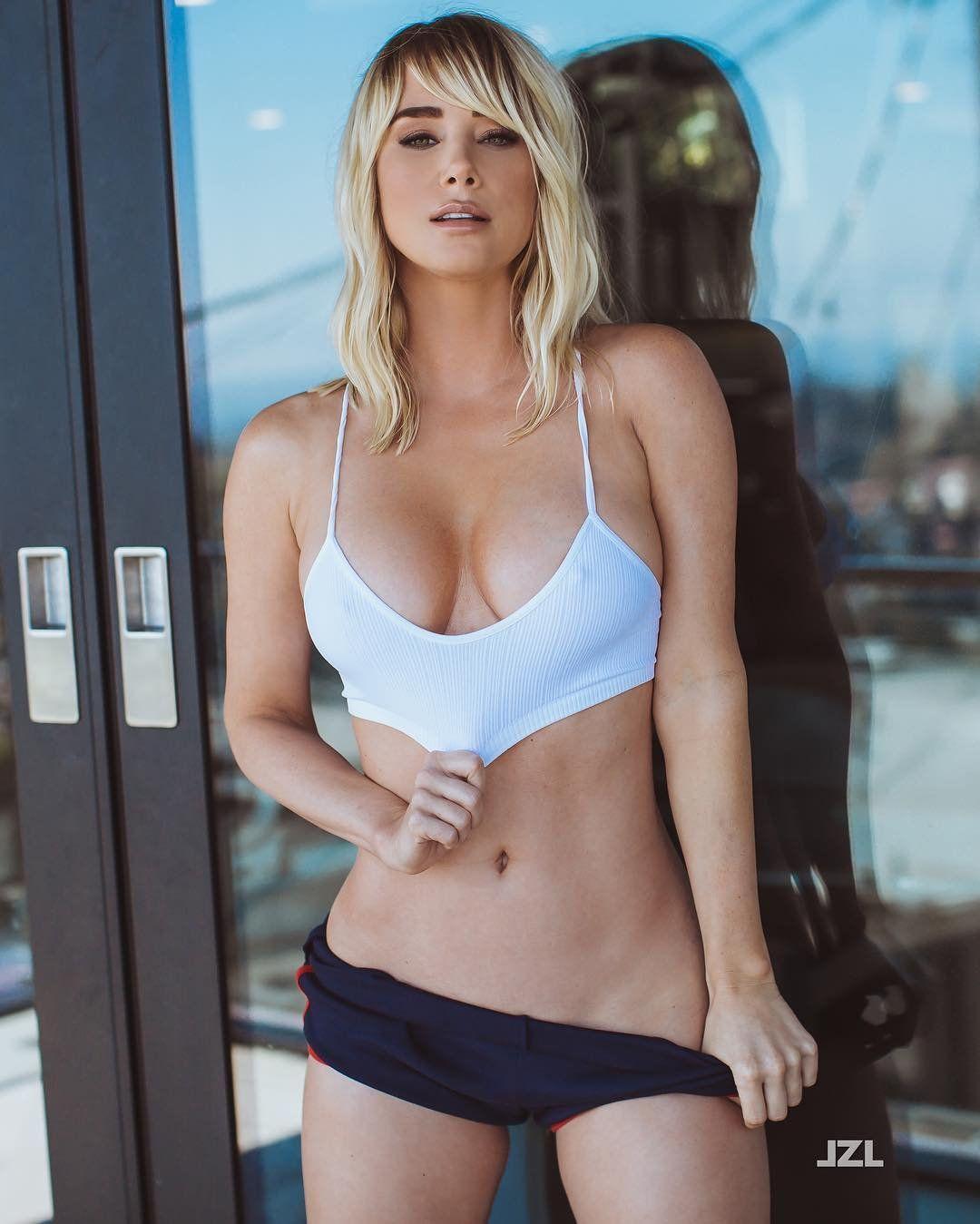 Hot Sara Underwood photo 19