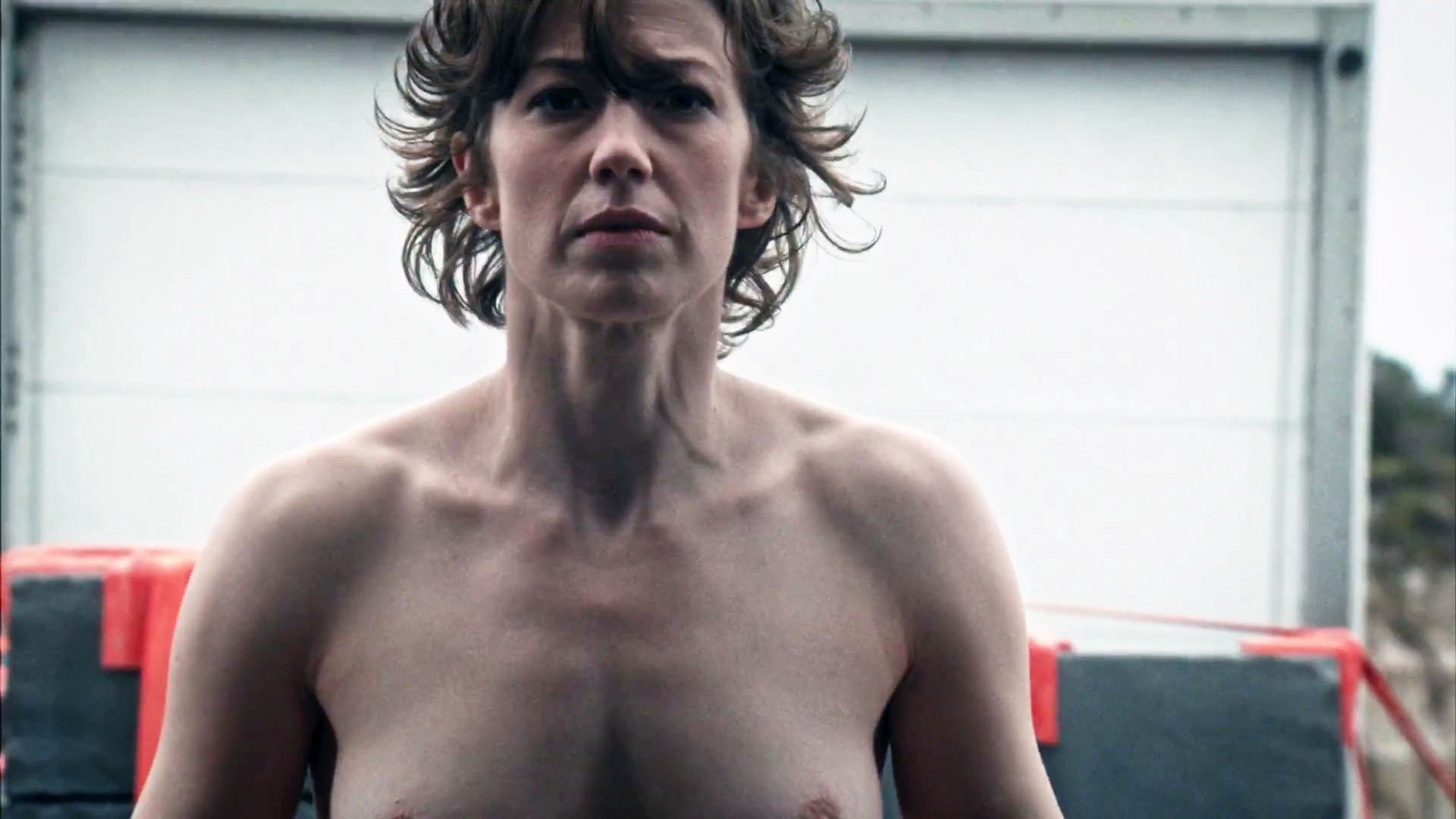 Carrie Coon Boobs photo 27