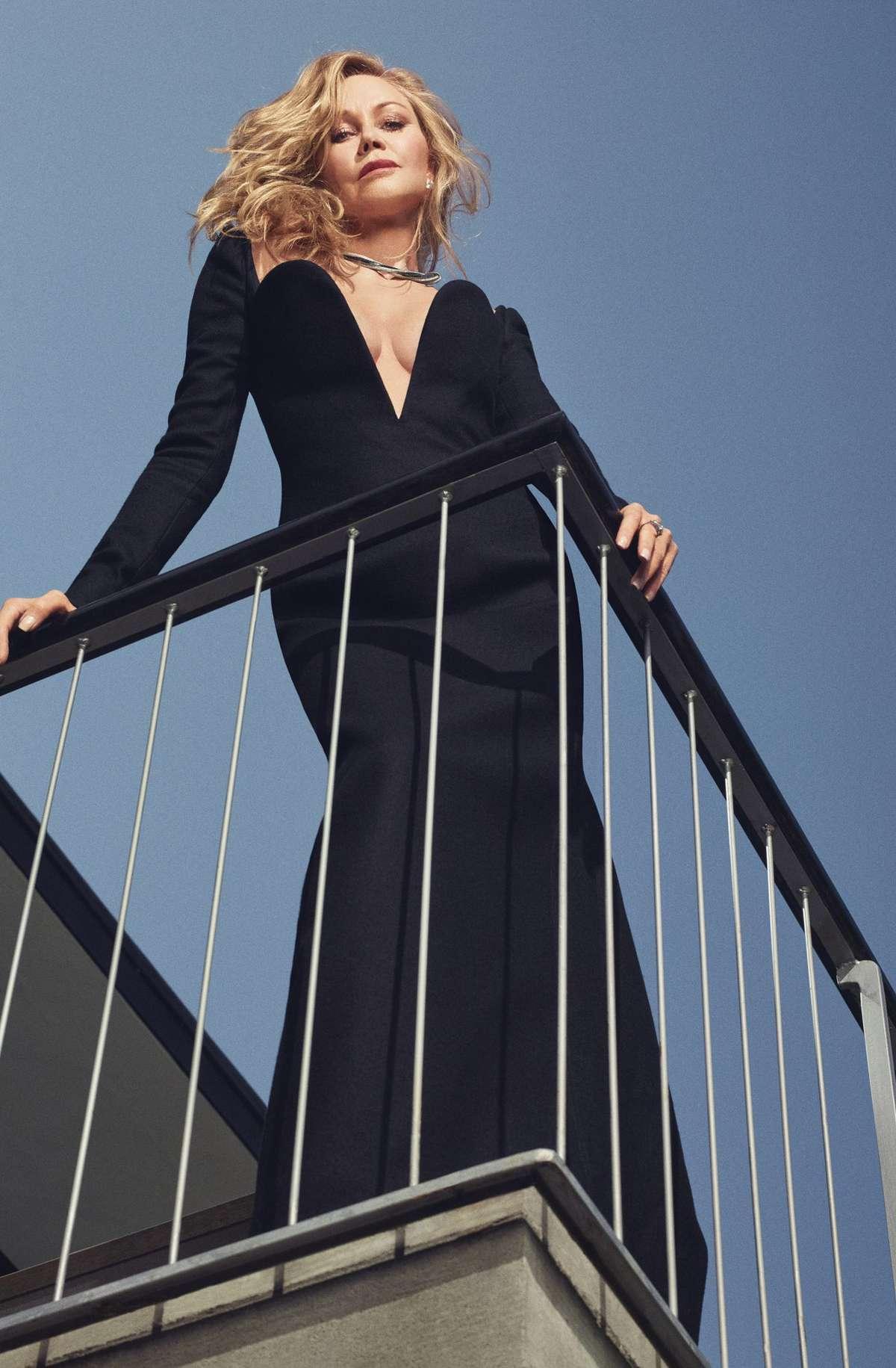 Melanie Griffith Ass photo 10