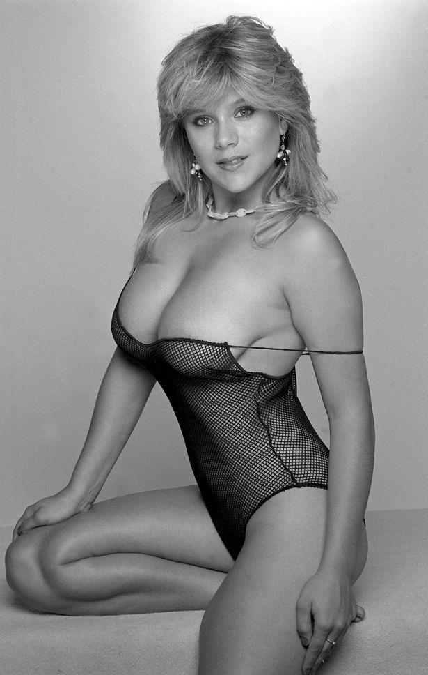 Samantha Fox Page 3 Photos photo 18