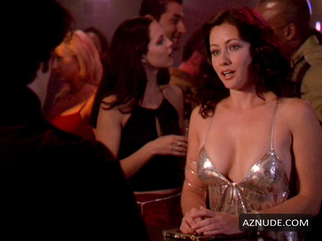 Shannon Doherty Tits photo 6