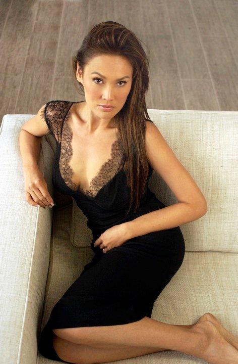 Tia Carrere Hot Photos photo 11
