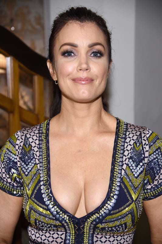 Bellamy Young Sexy photo 10