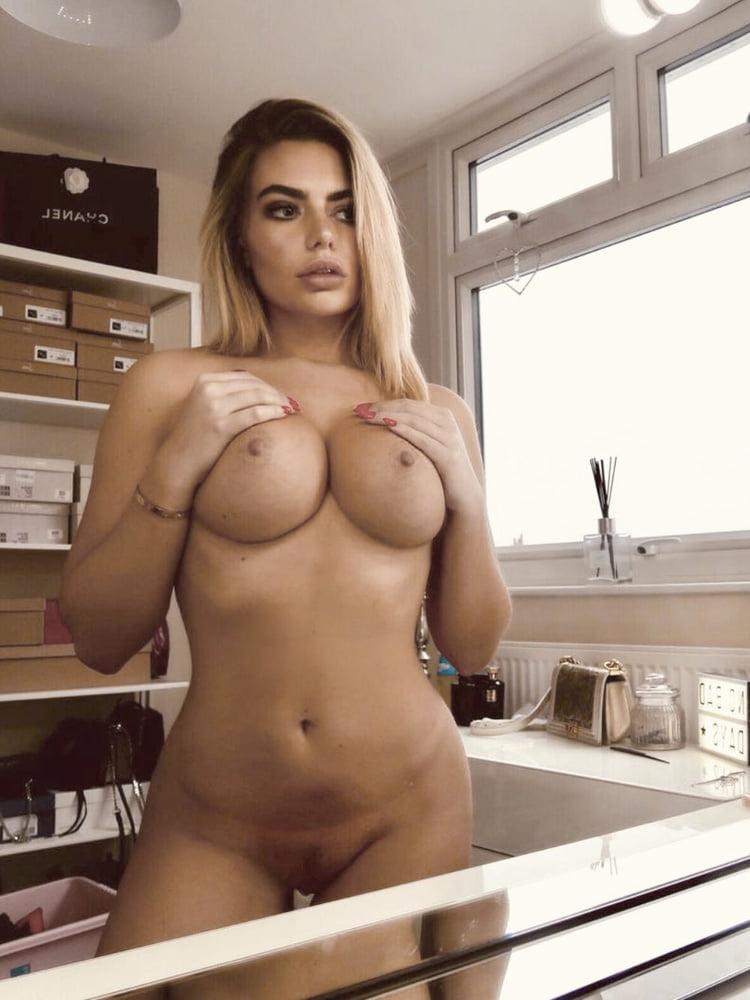 Megan Barton Hanson Porn photo 6