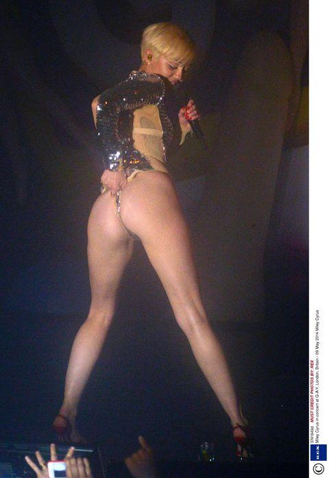 Mileys Tits photo 11