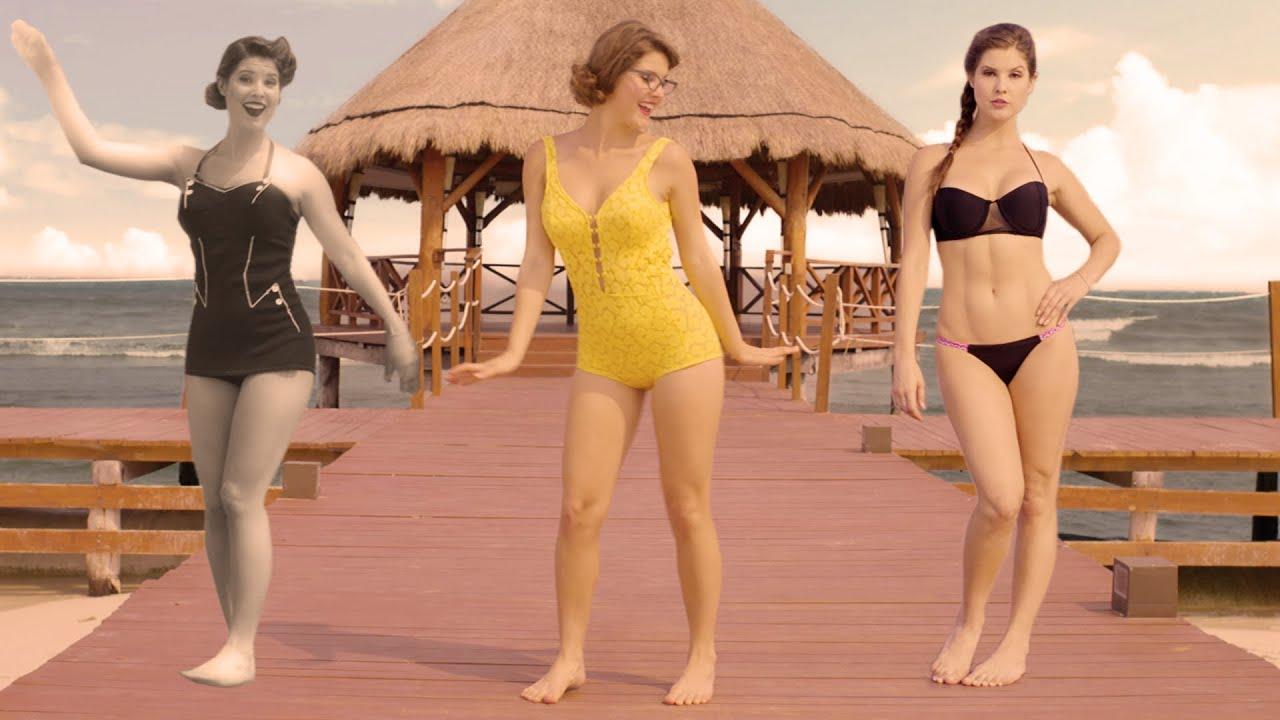Amanda Cerny In Bikini photo 16