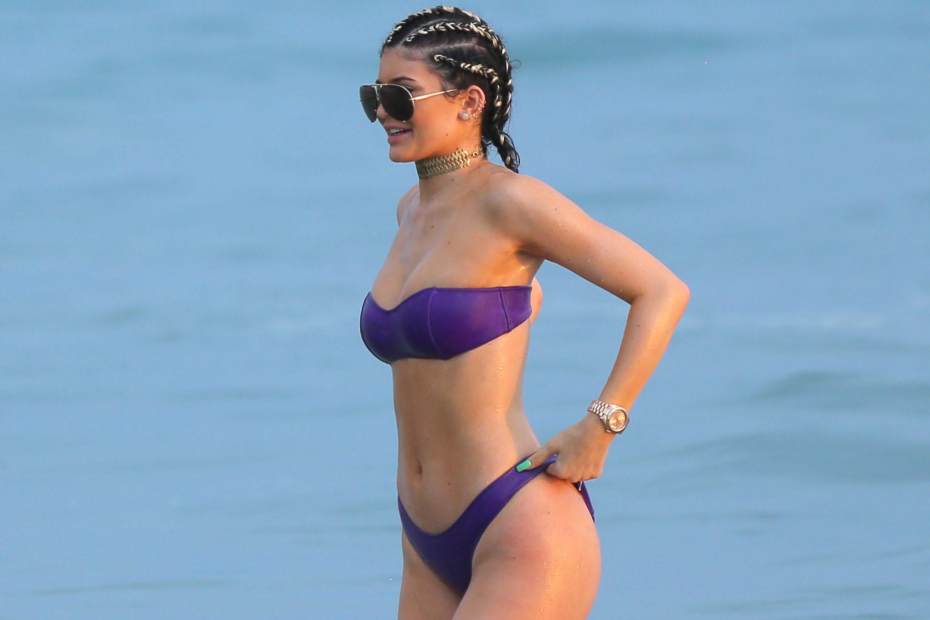 Kendal Jenner Ass photo 7