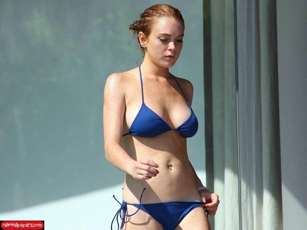 Hot Lindsay Lohan Pics photo 18