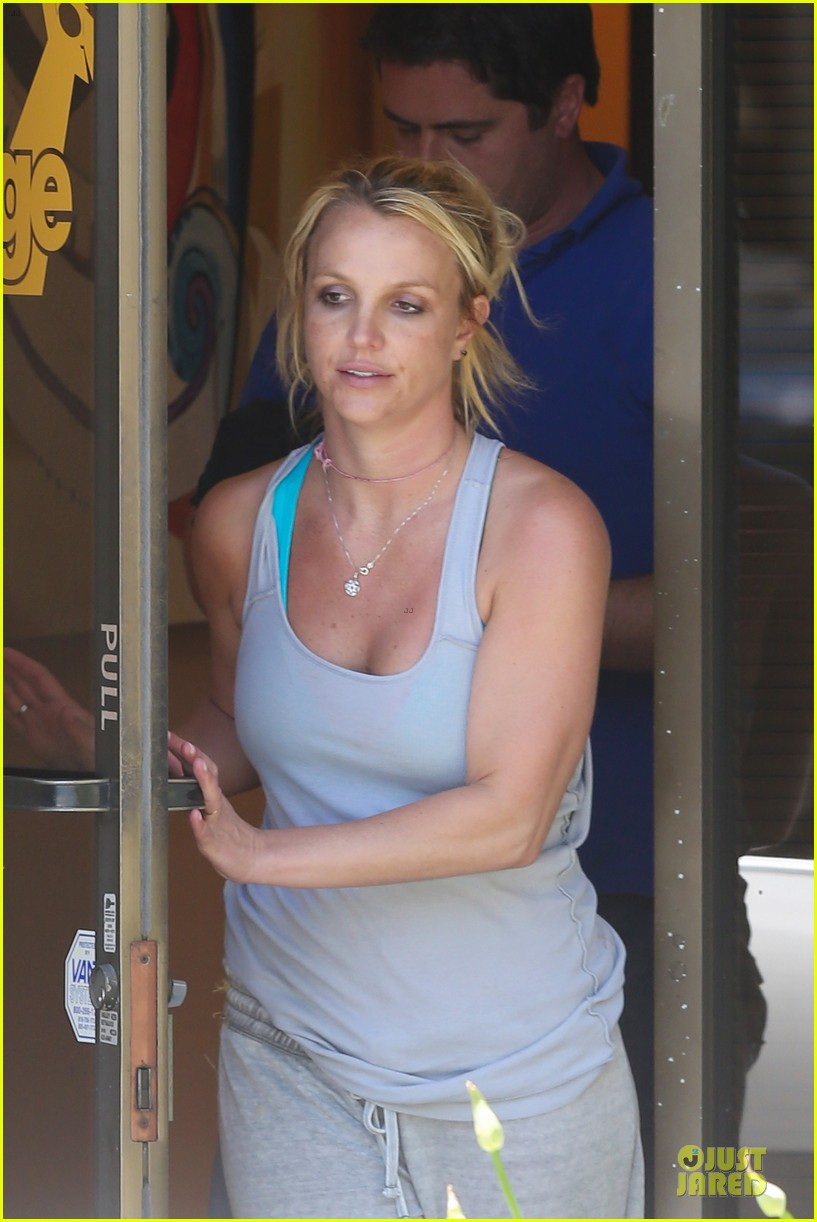 Britney Spears Leaked Photos photo 17