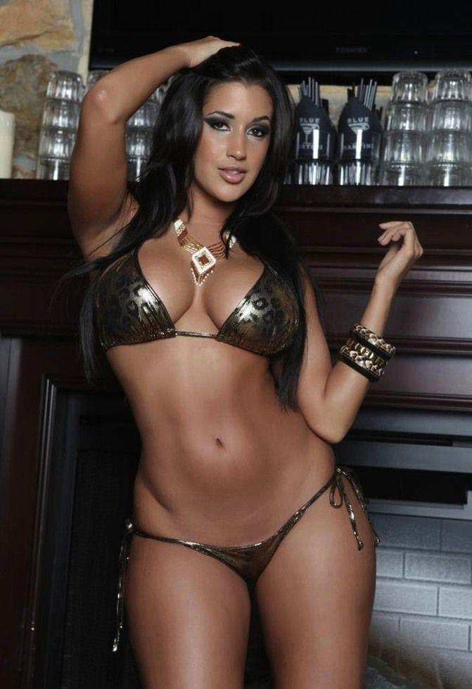 Claudia Sampedro Sexy photo 8