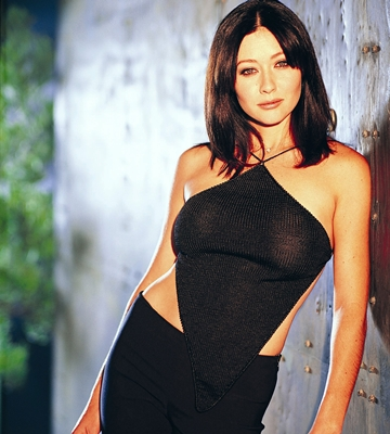 Shannon Doherty Tits photo 23