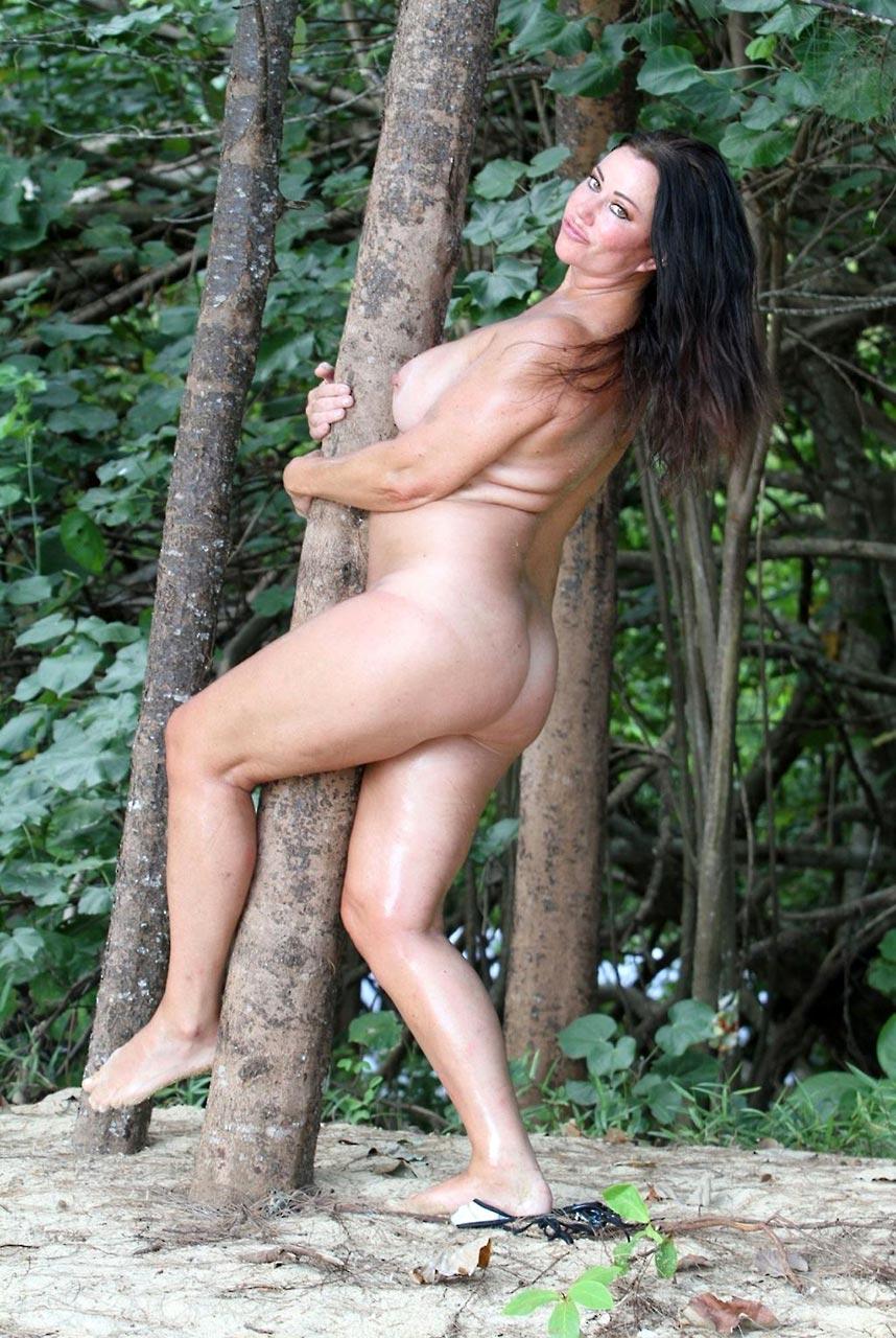 Lisa Appleton Topless photo 15