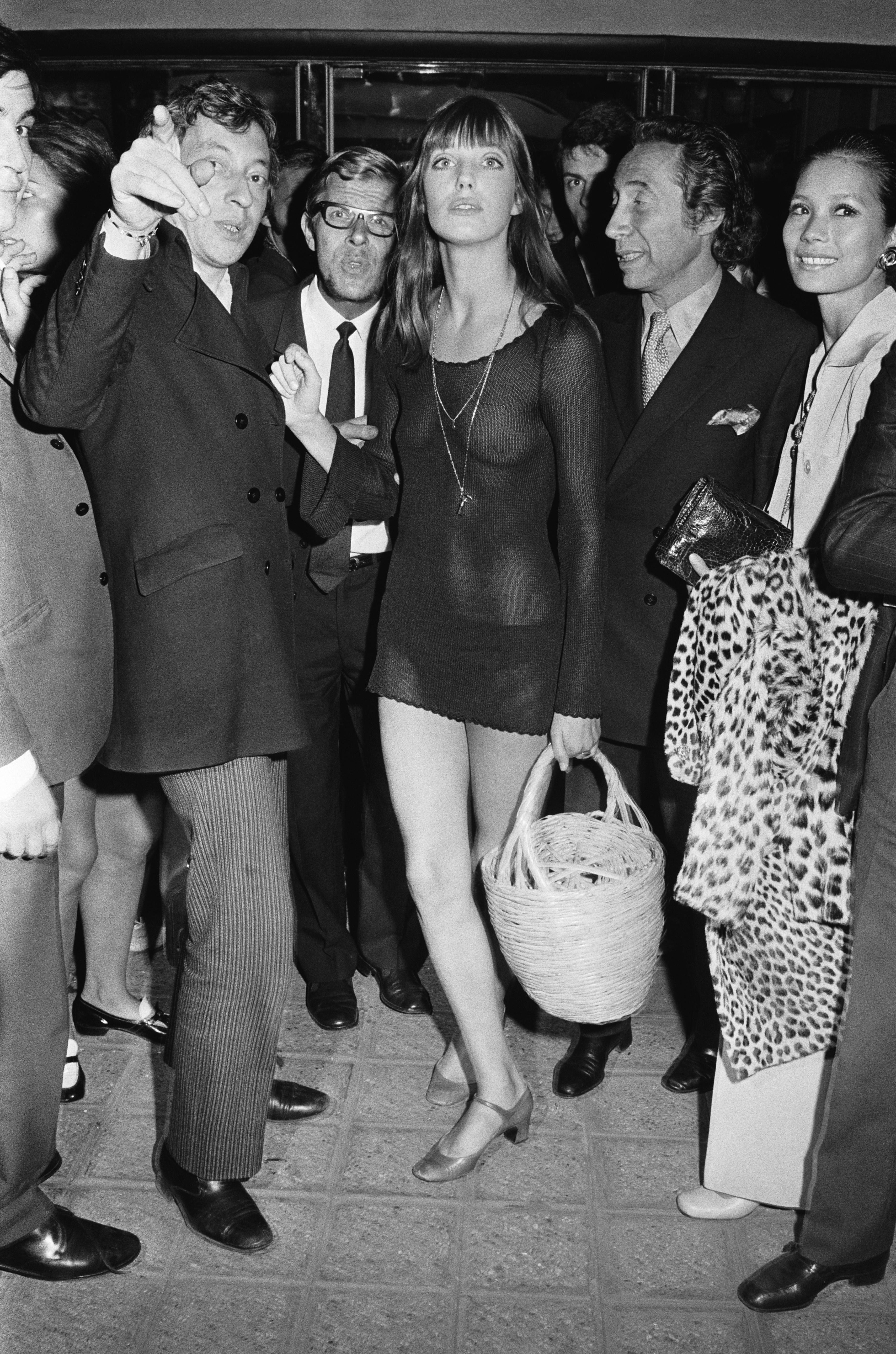Jane Birkin Hot photo 6