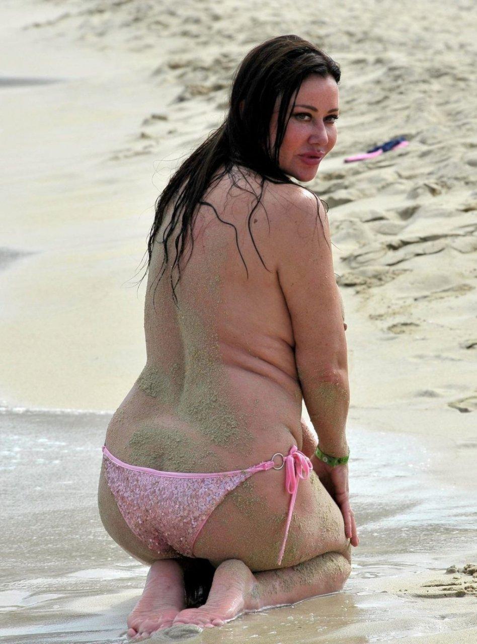 Lisa Appleton Topless photo 8