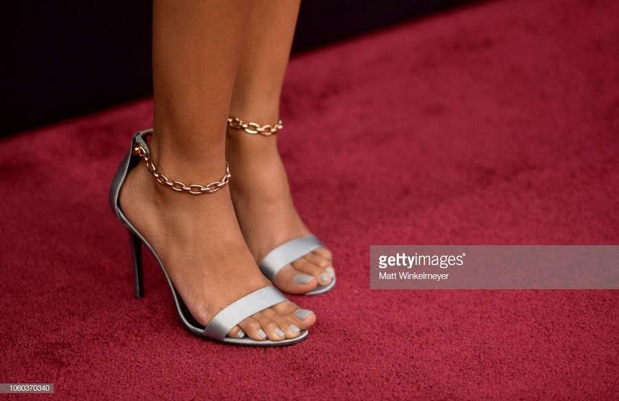 Susan Kelechi Watson Legs photo 28