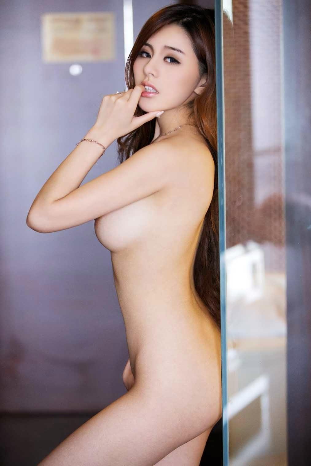 Sexy Asian Model Porn photo 4