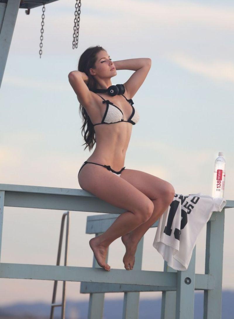 Amanda Cerny In Bikini photo 8