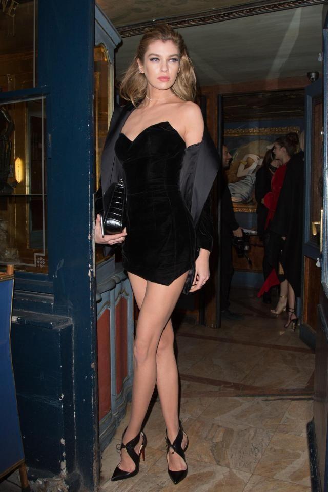 Stella Maxwell Legs photo 10