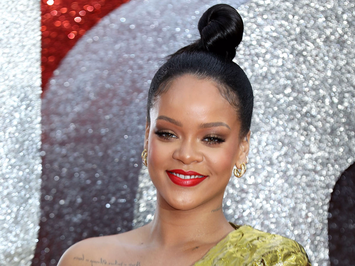 Rihanna Boob Slip photo 27