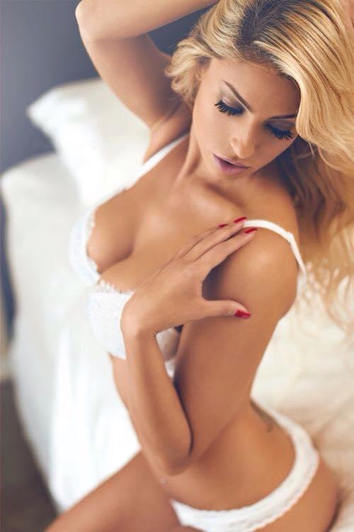 Crystal Mccallum Nude photo 20