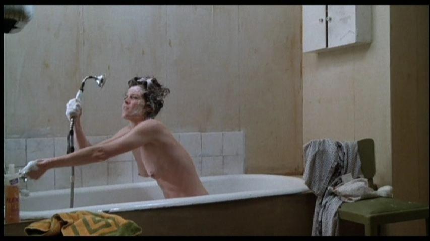 Sigourney Nude photo 22