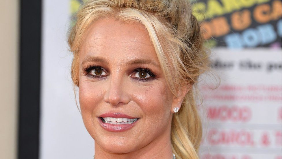 Britney Spears Leaked Photos photo 12