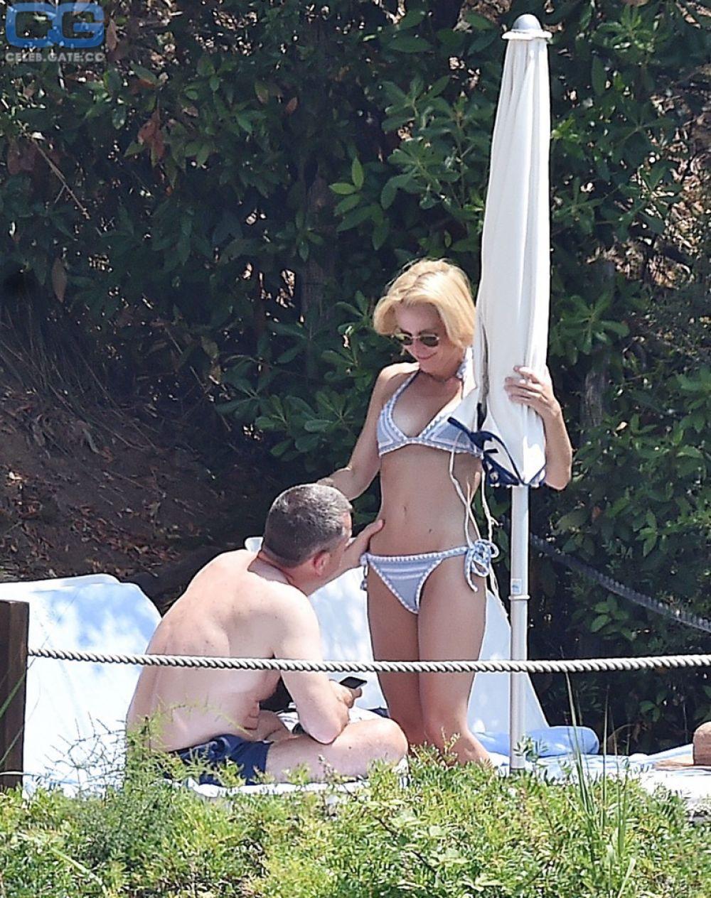Gillian Anderson Real Nude photo 3