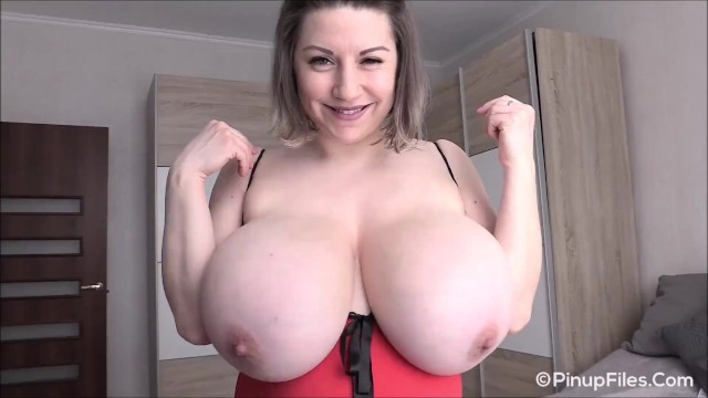 Lilly Boobs photo 10