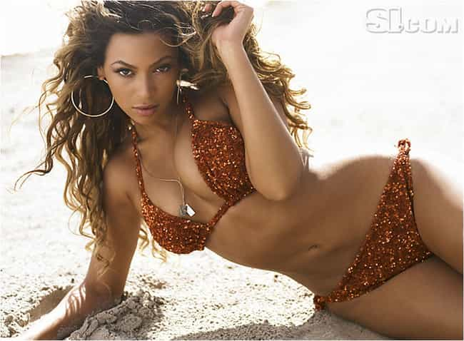 Beyonce Bikini Photos photo 7