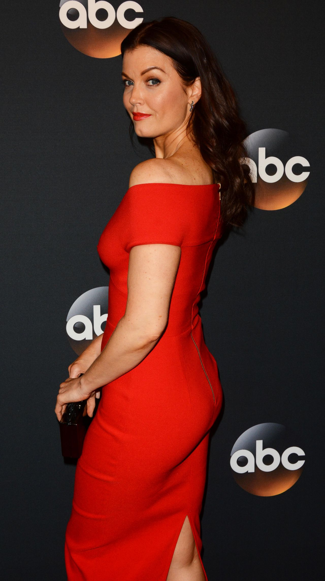 Bellamy Young Sexy photo 8