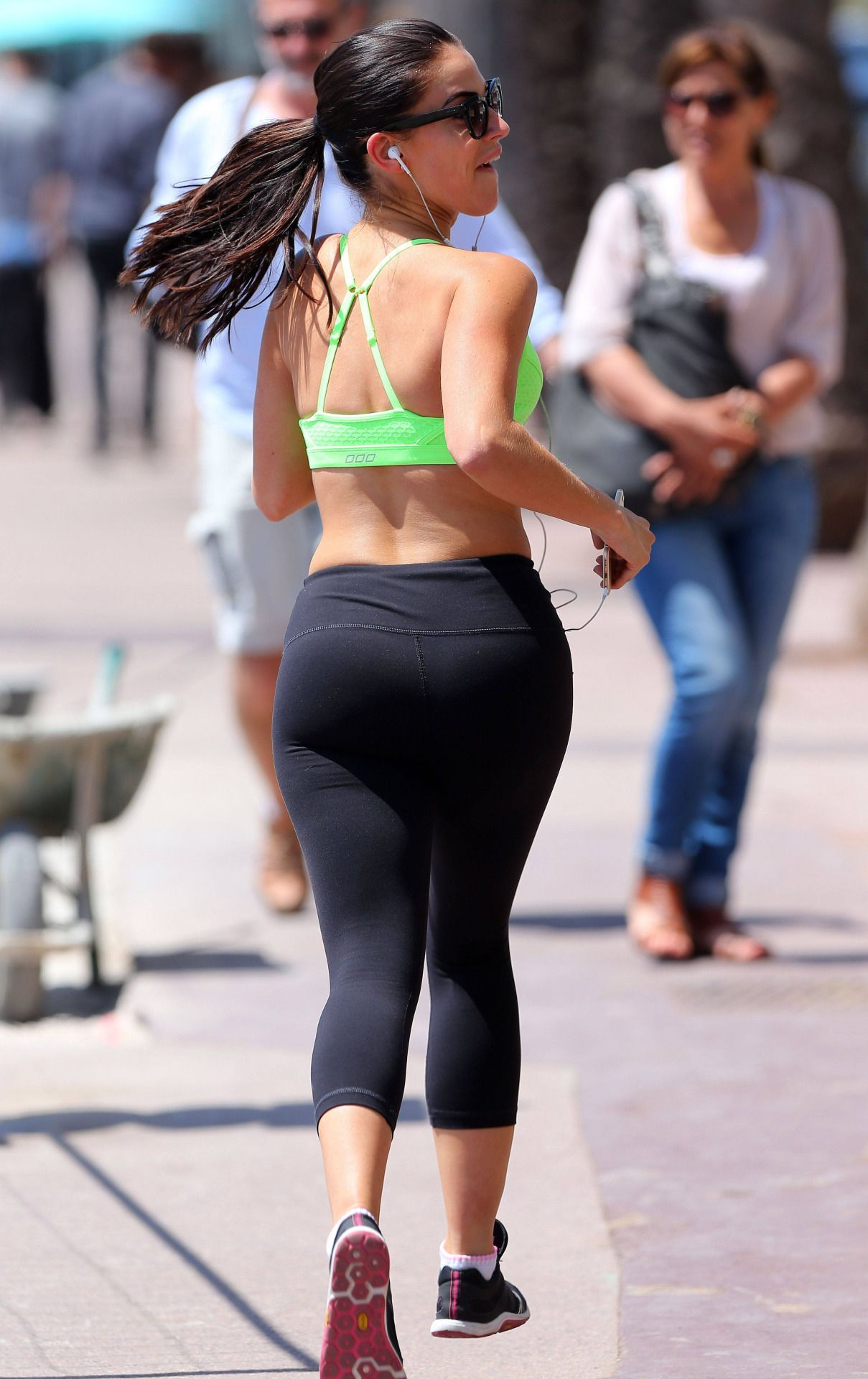 Jessica Lowndes Ass photo 28