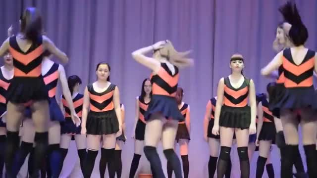 Russian Twerk Dance photo 5