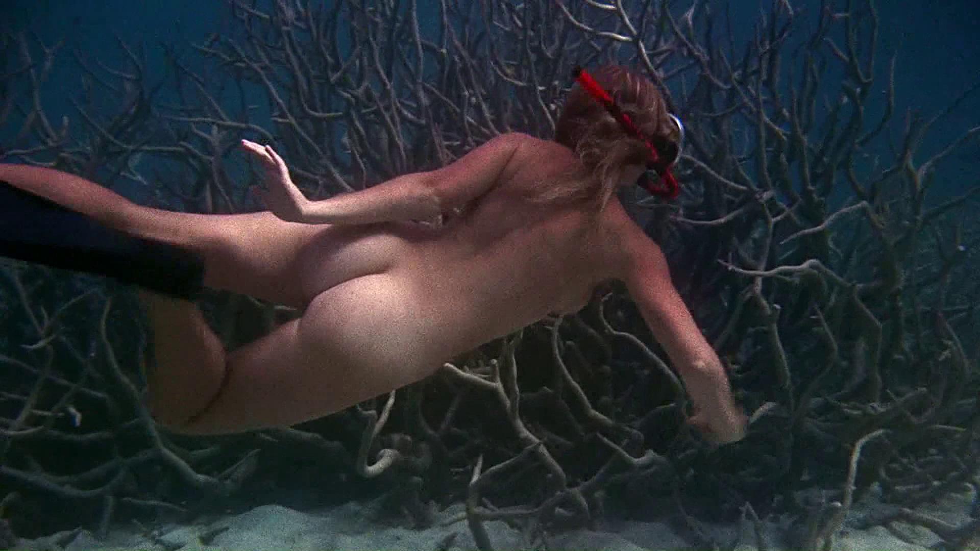 Helen Mirren Nip Slip photo 8