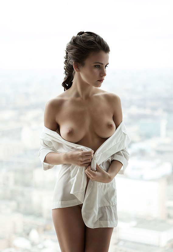 Svetlana Topless photo 3