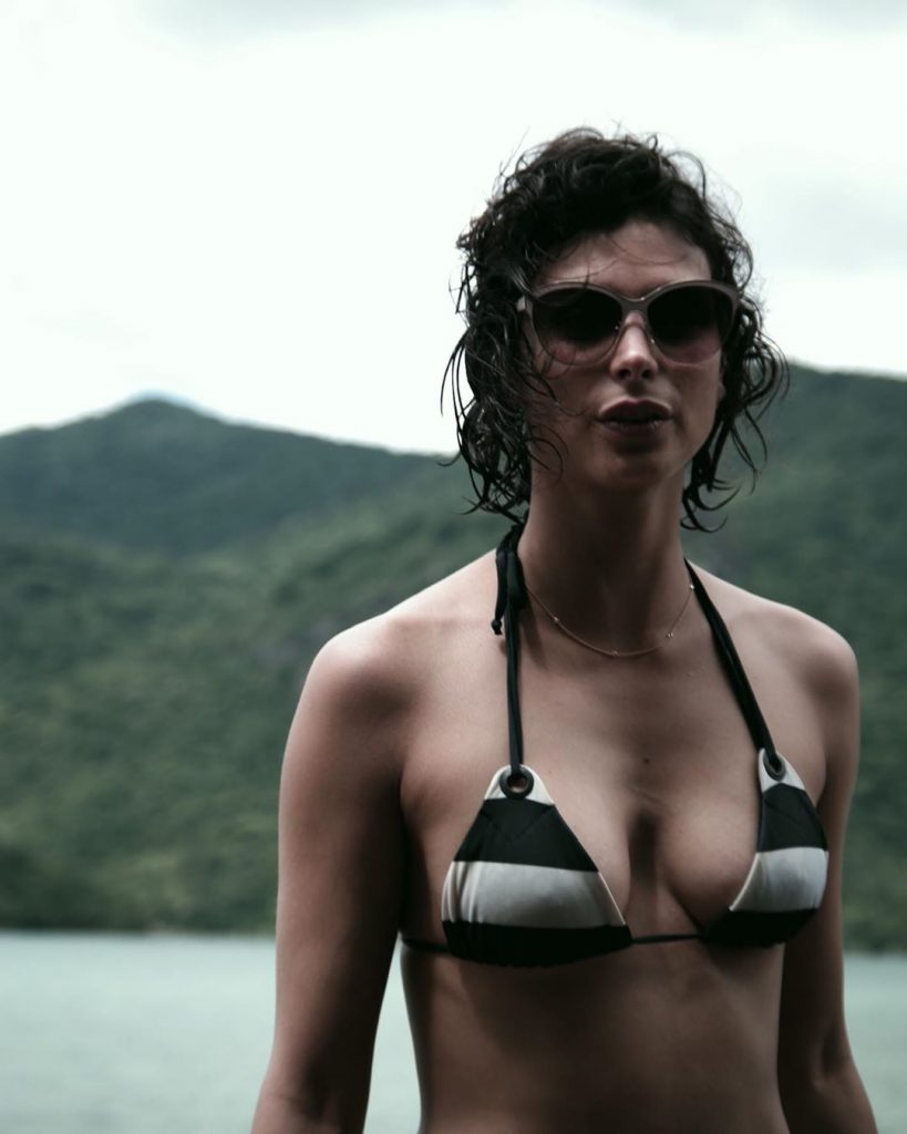 Morena Baccarin Bathing Suit photo 6