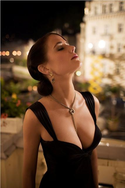 Hot Eva Green photo 30