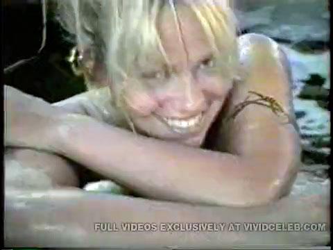 Pamela Andersan Sex Tape photo 11