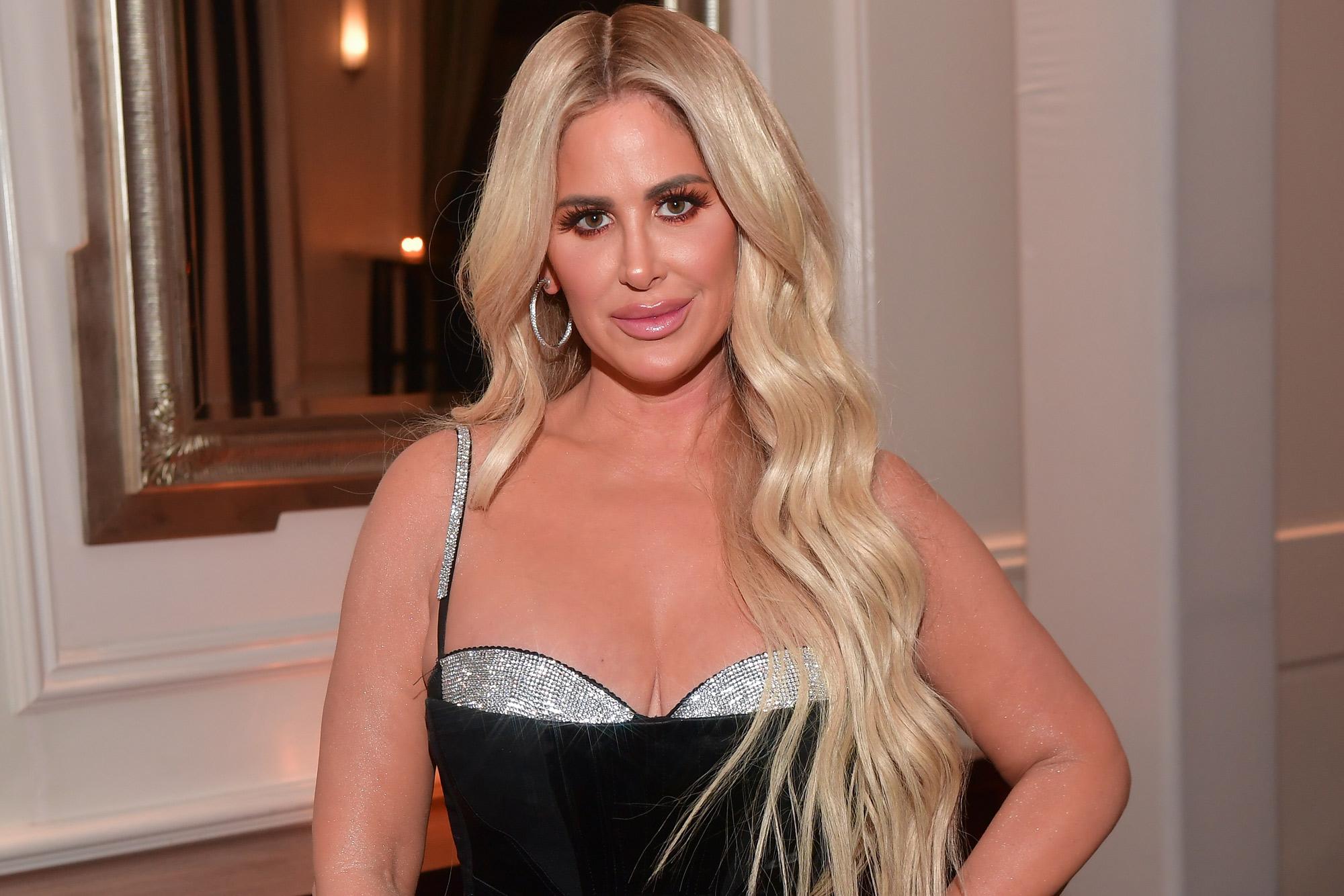 Kim Kardashian Nipples Uncensored photo 20
