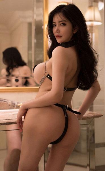Asian Erotic Models photo 15