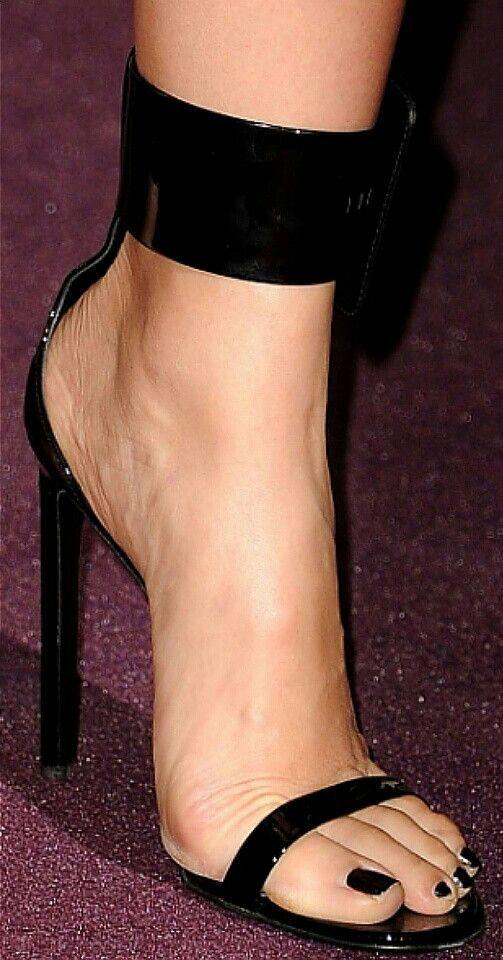Carmen Diaz Feet photo 28